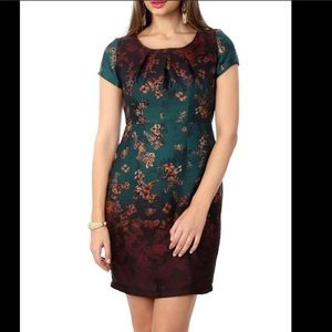 Super silky stunning Floral sheath dres green gold